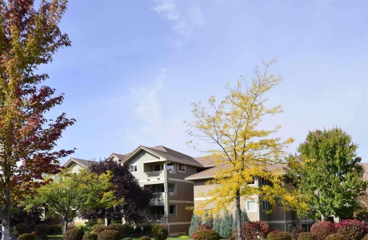 639 N Riverpoint Ln, Spokane, Washington 99202-1673