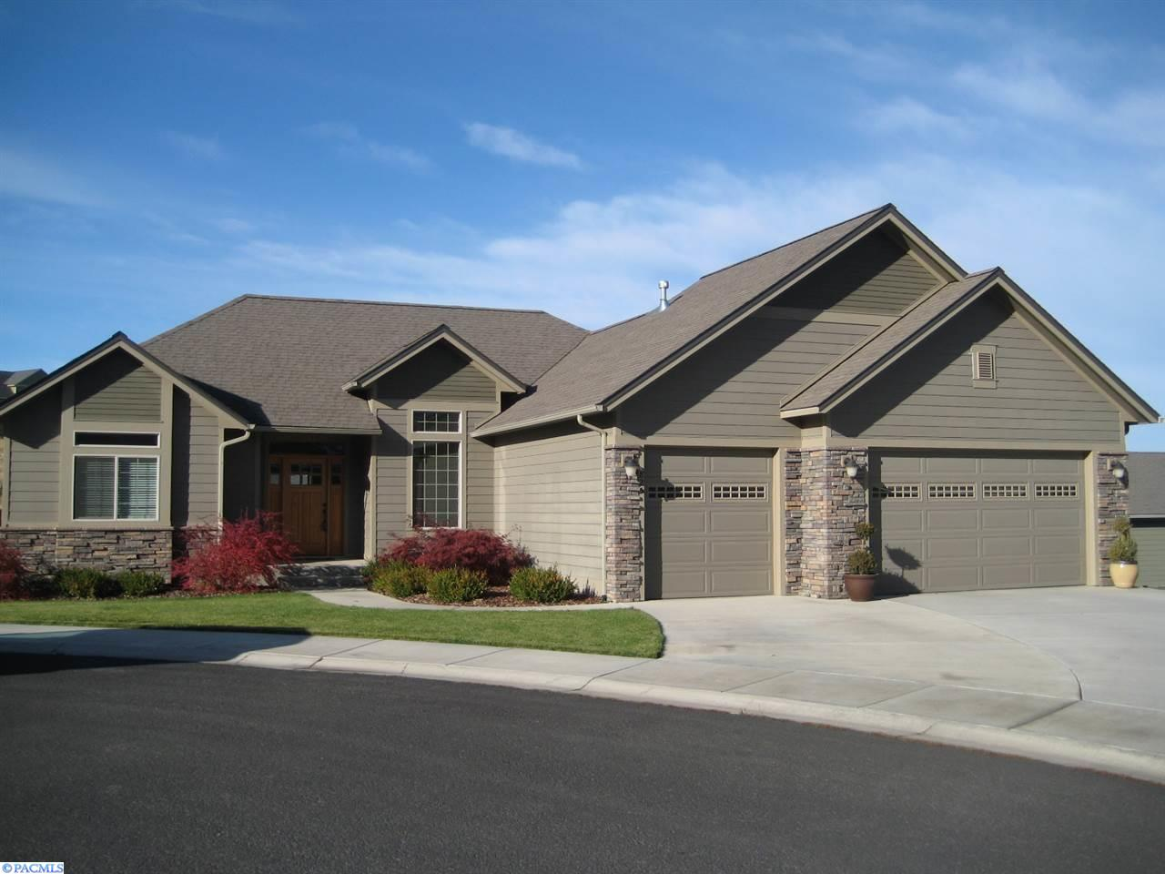825 Sw Blue Heron Ct., Pullman, Washington 99163