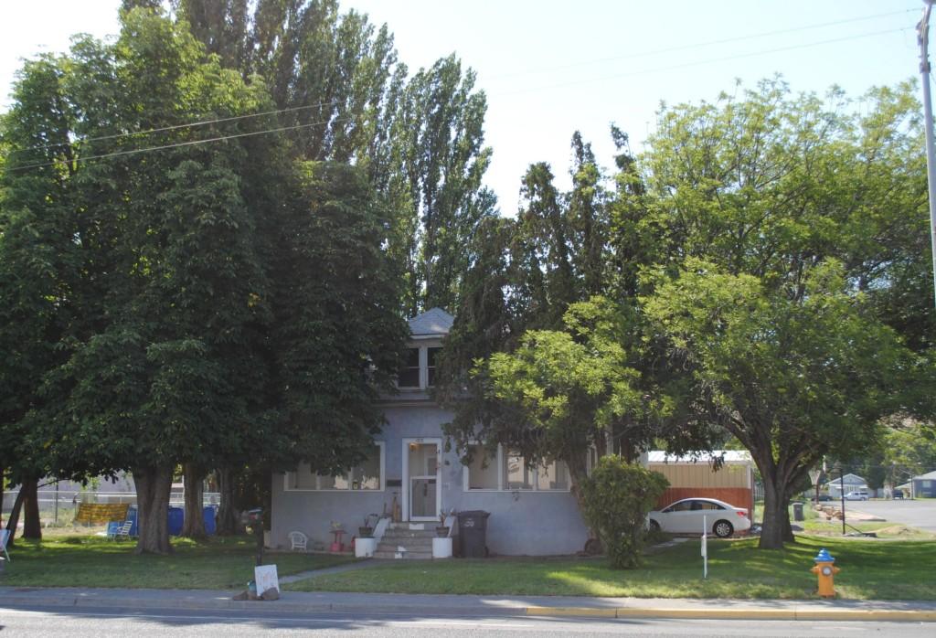 405 Basin St SW, Ephrata, Washington 98823