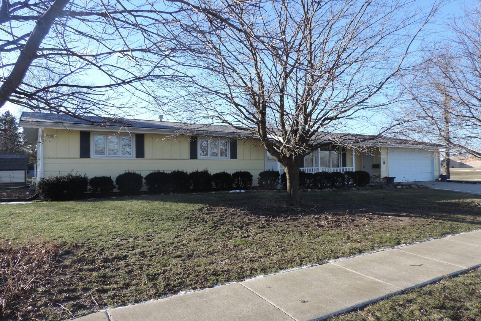 412 W Glenview Ln, Peotone, IL 60468