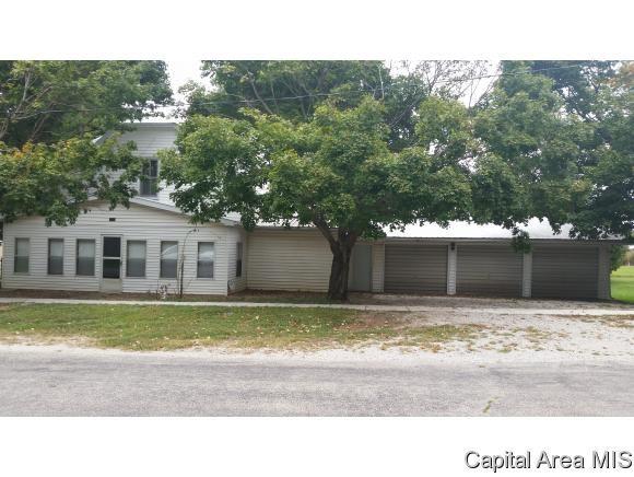 352 W Main St, Mt Auburn, IL 62547