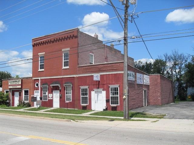 750 E Division St, Coal City, IL 60416