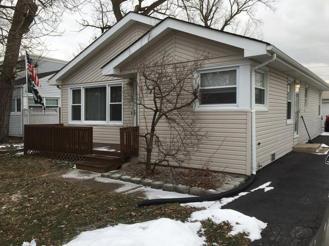9405 Mcvicker Ave, Oak Lawn, IL 60453