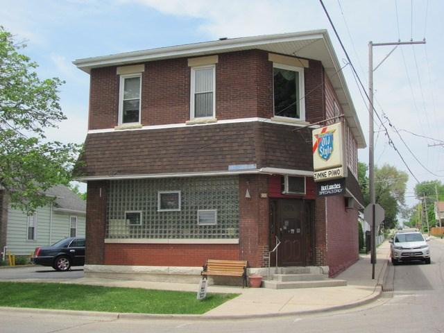 931 N Hickory St, Joliet, IL 60435