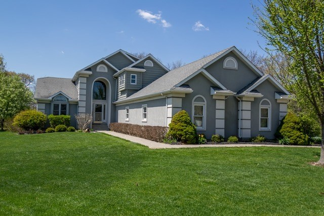26050 W Aaron Ct, Channahon, IL 60410