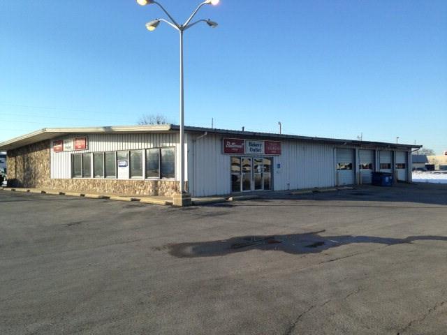 11 E Liberty Lane, Danville, IL 61832