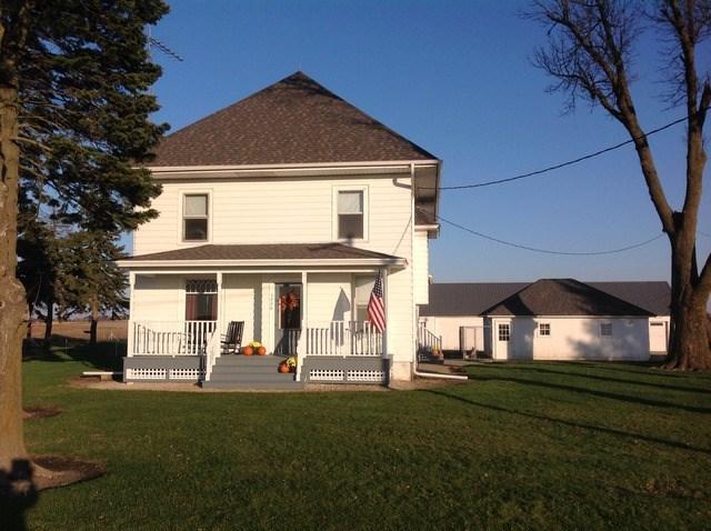 5228 W County Line Rd, Paw Paw, IL 61353