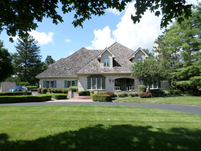 30 Country Club Dr, Danville, IL 61832