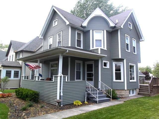 113 W Lincoln St, Peotone, IL 60468