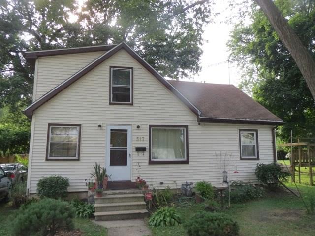 517 Fox St, Joliet, IL 60432