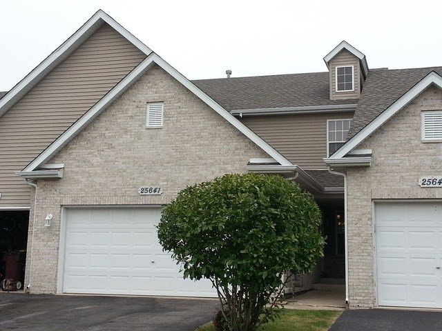 25641 S Bridle Path, Channahon, IL 60410