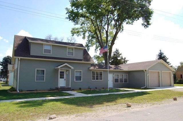 107 Jackson St, Millington, IL 60537