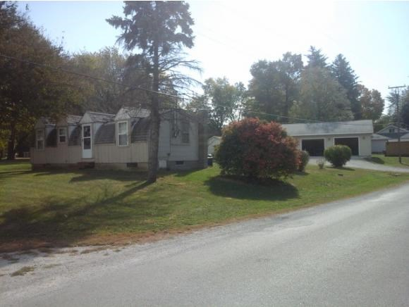 595 N State Route 121, Warrensburg, IL 62573