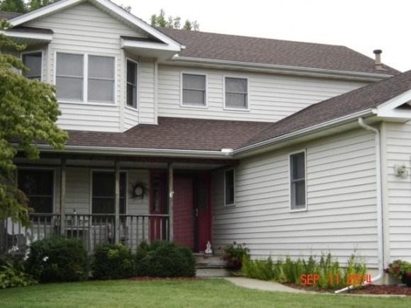 3643 Meadowview Ct, Decatur, IL 62526