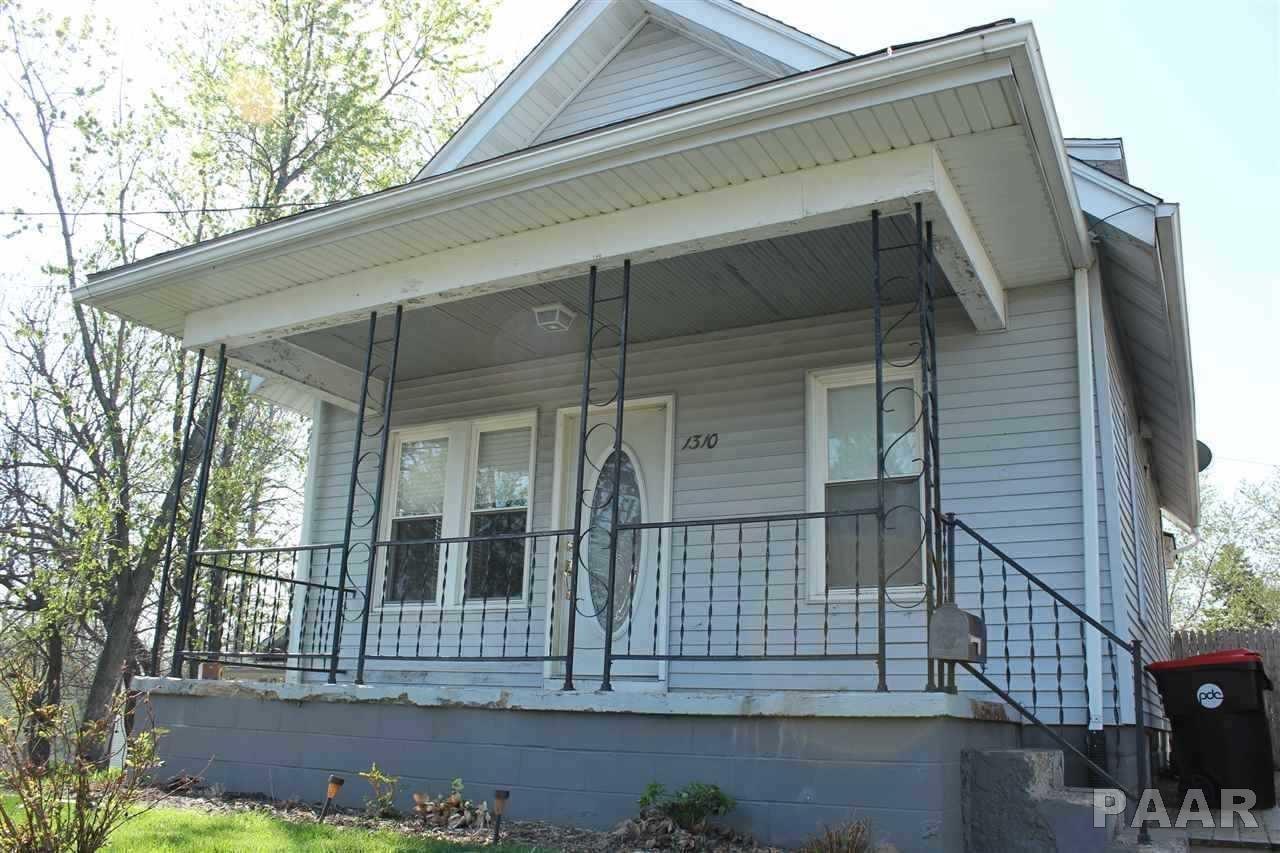 1310 E Fairoaks, Peoria, IL 61603