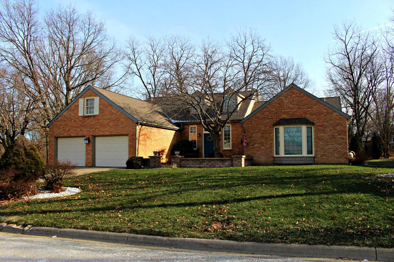 104 Royal Vista, East Peoria, IL 61611