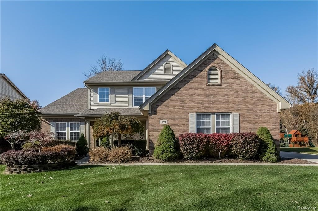 1395 HEREFORD, Canton Twp, MI 48187