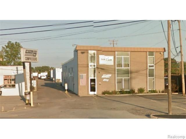 29191 GROESBECK Highway, Roseville, MI 48066