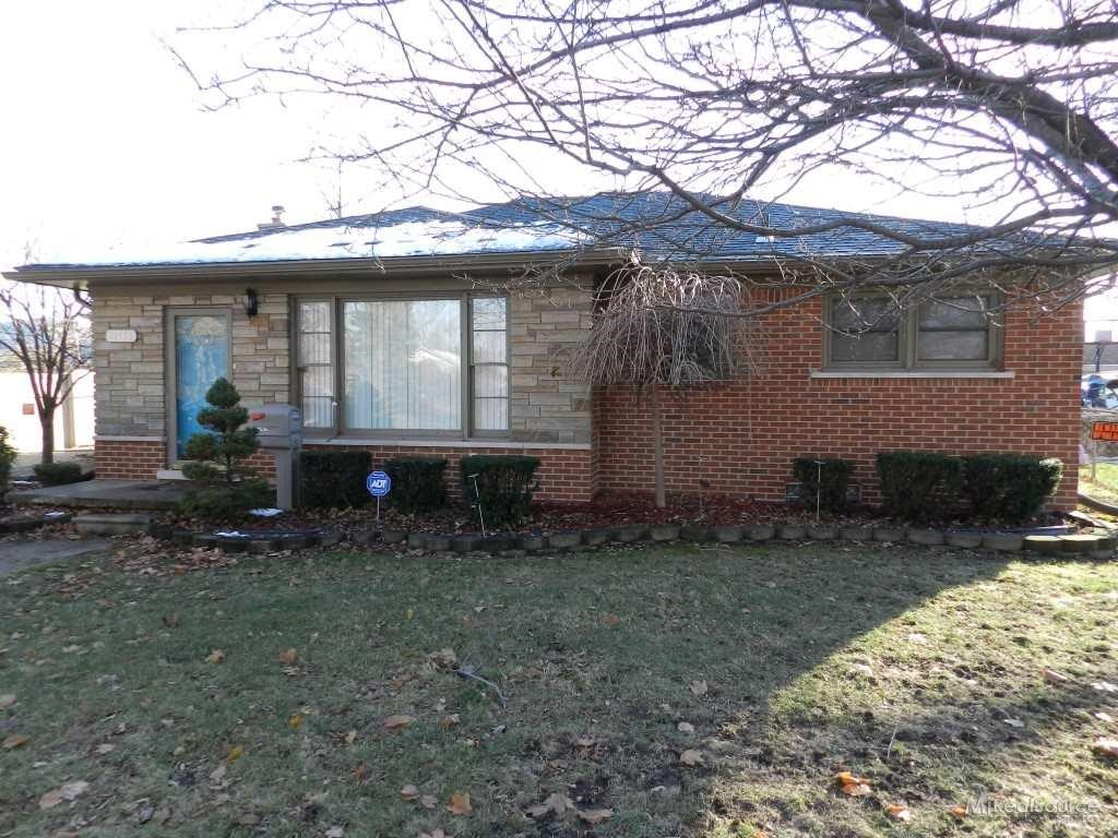 21536 Hillside, Clinton Township, MI 48035