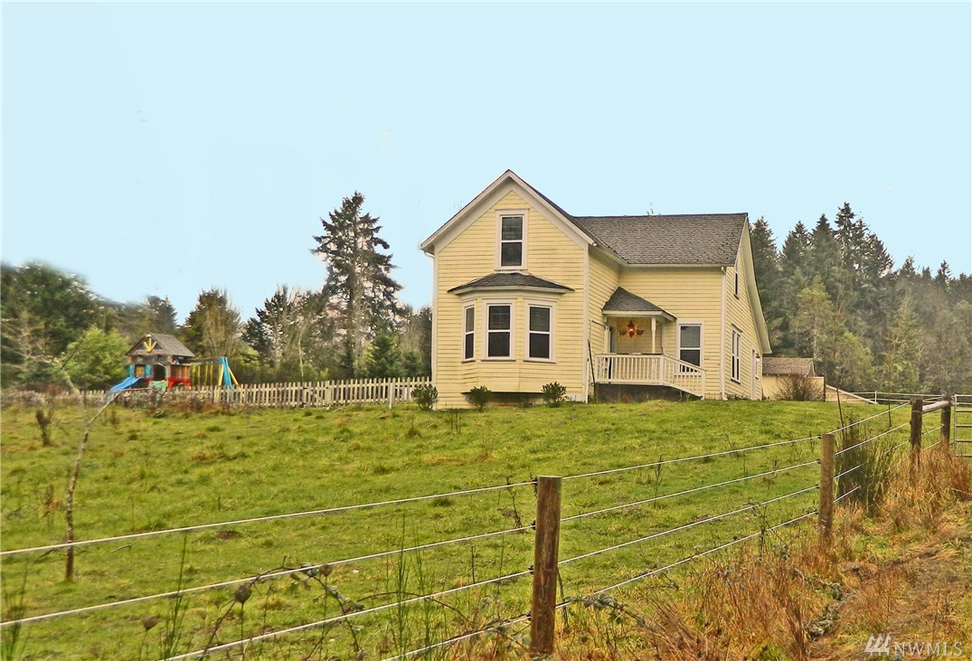 417 Key Peninsula Hwy N, Lakebay, WA 98349