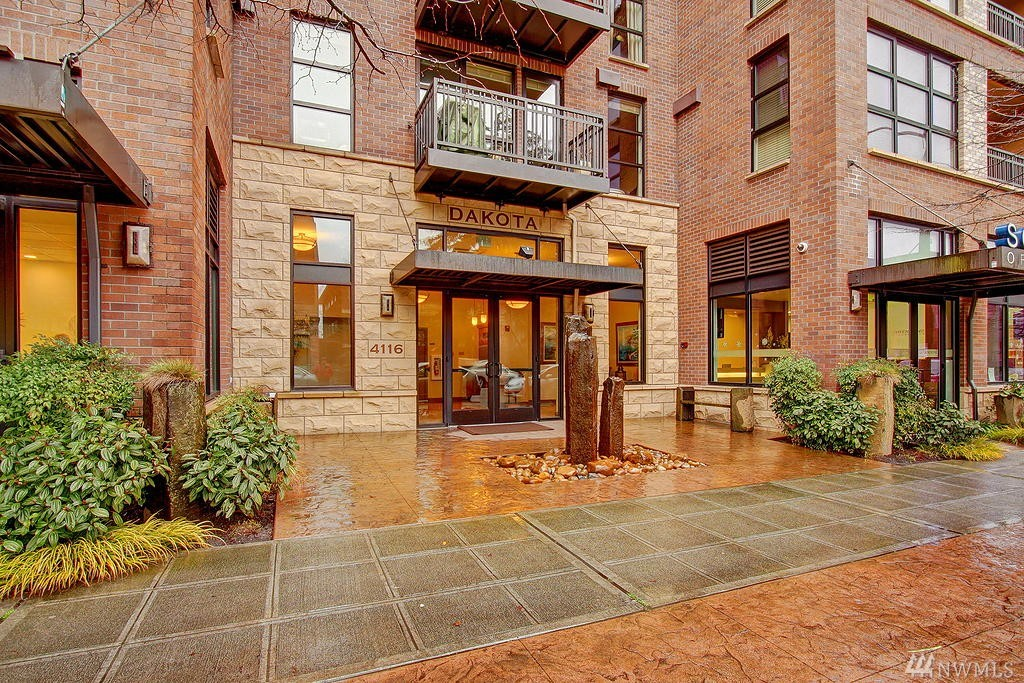 4116 California Ave SW Unit 406, Seattle, WA 98116