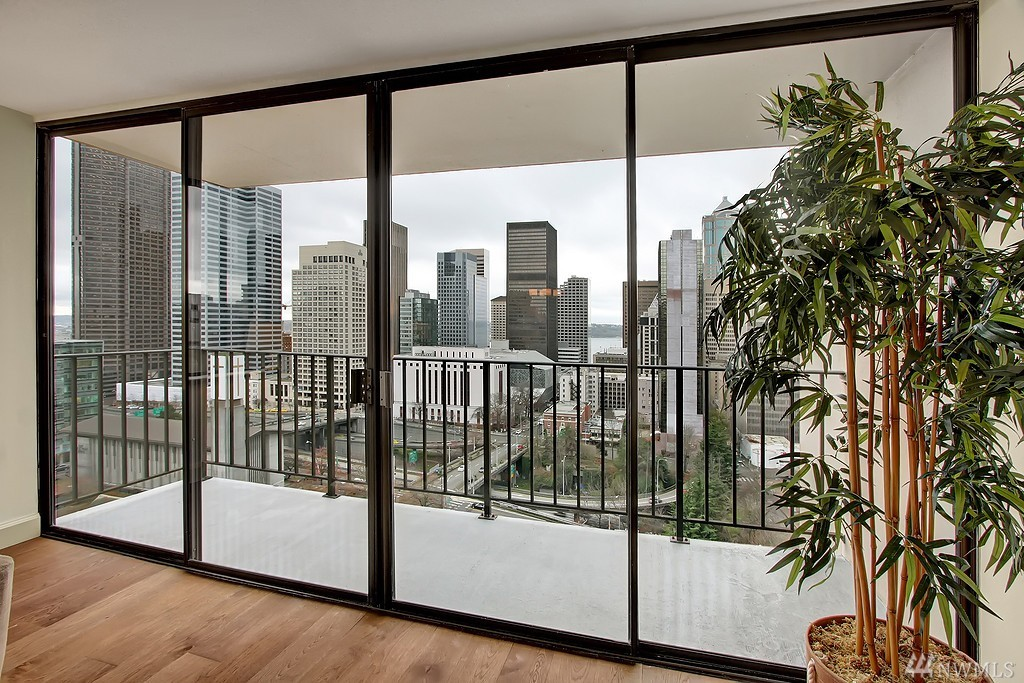 1120 8th Ave Unit 2001, Seattle, WA 98101
