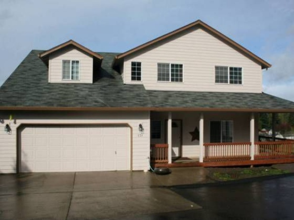131 Spencer Creek , Kalama, WA 98625