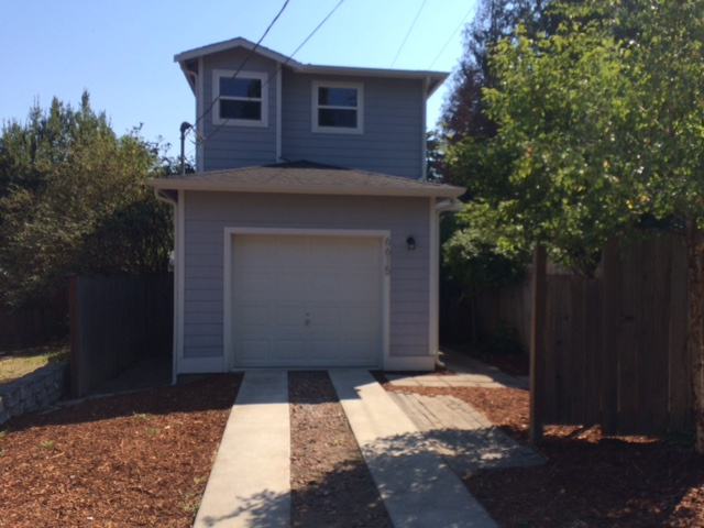 6615 NE Maple St, Suquamish, WA 98392