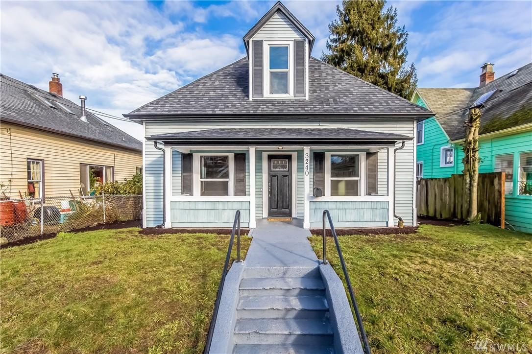 3240 S Ferdinand St, Seattle, WA 98118