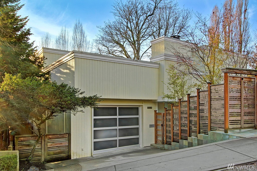 529 36th Ave E, Seattle, WA 98112