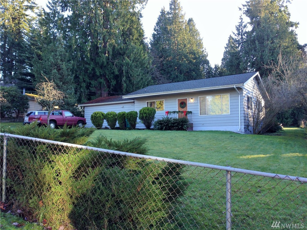 5908 212 Place SW, Mountlake Terrace, WA 98043