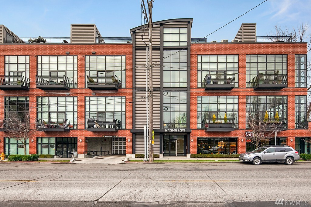 2914 E Madison St Unit 308, Seattle, WA 98112