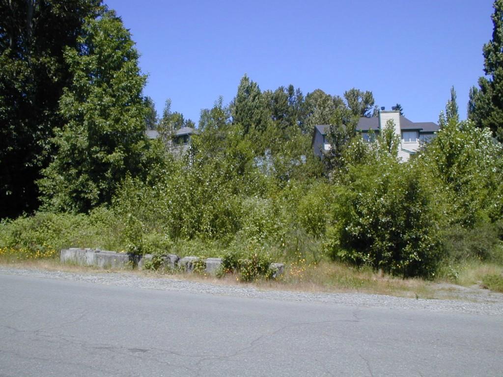 67xx NE 185th St, Kenmore, WA 98028
