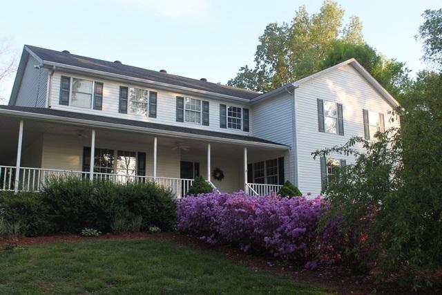 1780 Caneyville Rd, Morgantown, KY 42261