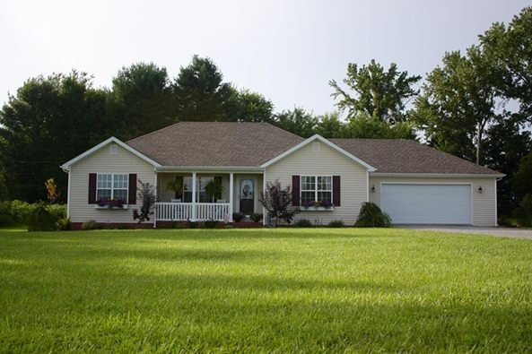 6266 Russell Springs Rd, Columbia, KY 42728