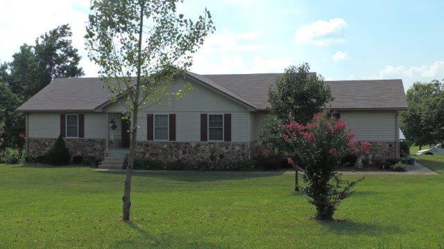 1556 Sandy Creek Rd, Morgantown, KY 42261