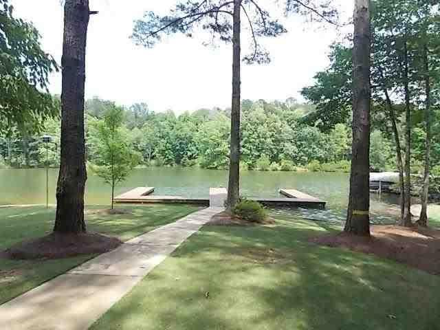 2531 PARROTTS POINTE, Greensboro, GA 30642
