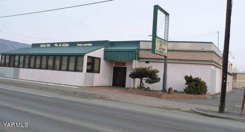 1219 N 1st St, Yakima, WA 98901