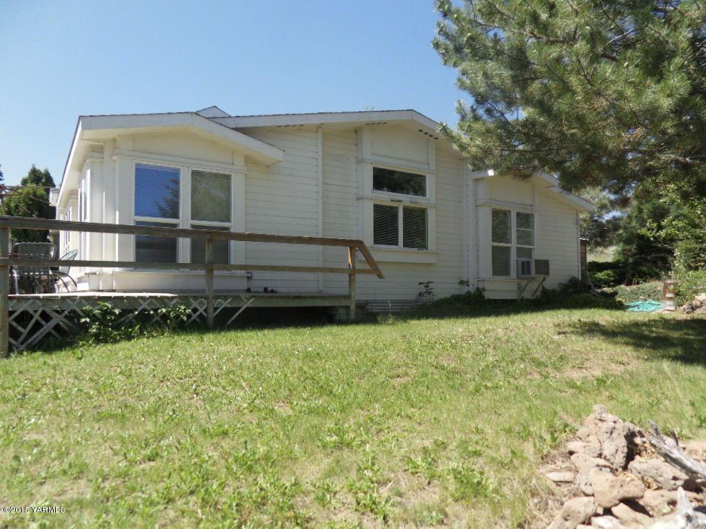 2211 S Fork Rd, Yakima, WA 98903