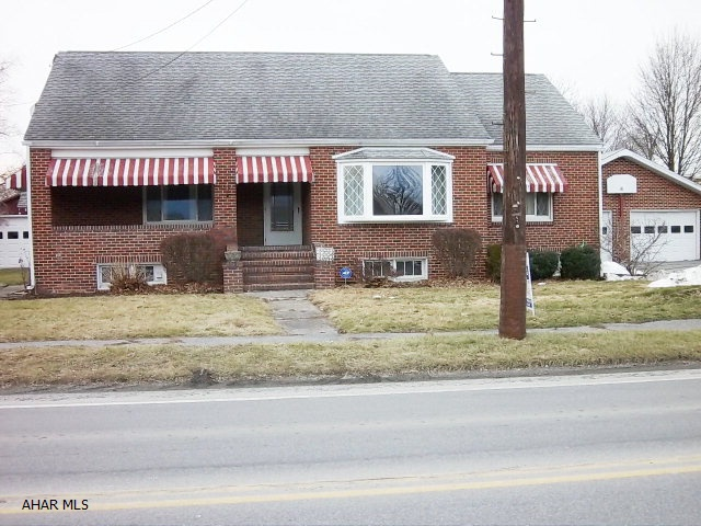 16339 Dunnings Hwy, Newry, PA 16665