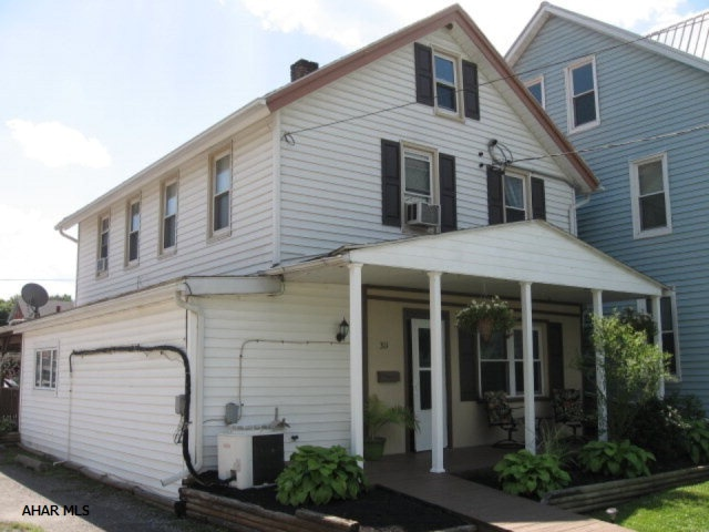 311 E 1St Street, Williamsburg, PA 16693
