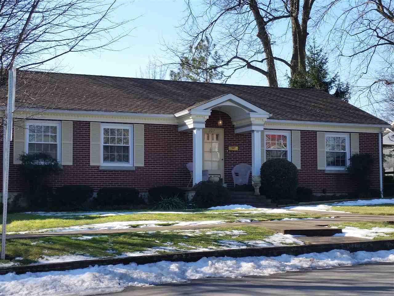 307 W Cedar, Franklin, KY 42134