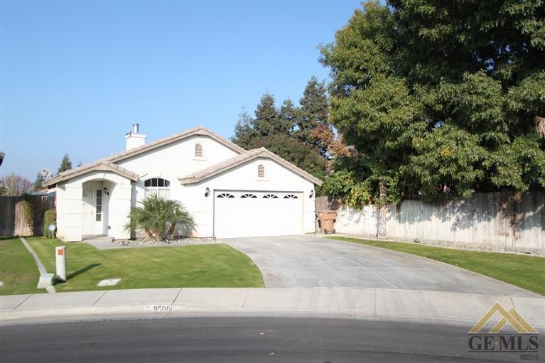 9500 Shoreham Court, Bakersfield, CA 93311