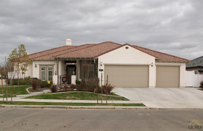 3008 Oakley Street, Bakersfield, CA 93311