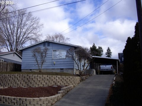 702 NW 6TH ST, Pendleton, Or, OR 97801