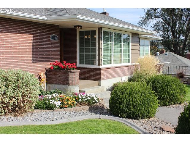 1115 NW HORN AVE, Pendleton, Or, OR 97801