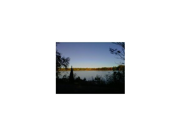 1013 E North Lake Rd, Iola, WI 54945