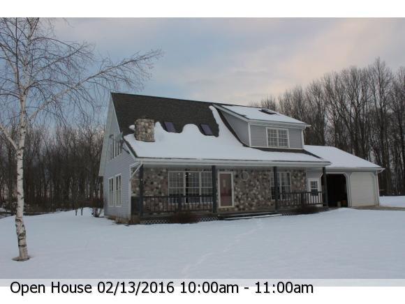 8365 N Cty Hwy D, Bear Creek, WI 54922