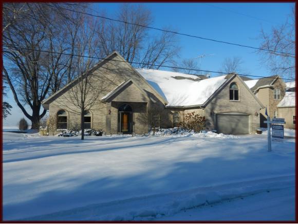 7219 Clark Point Rd, Winneconne, WI 54986