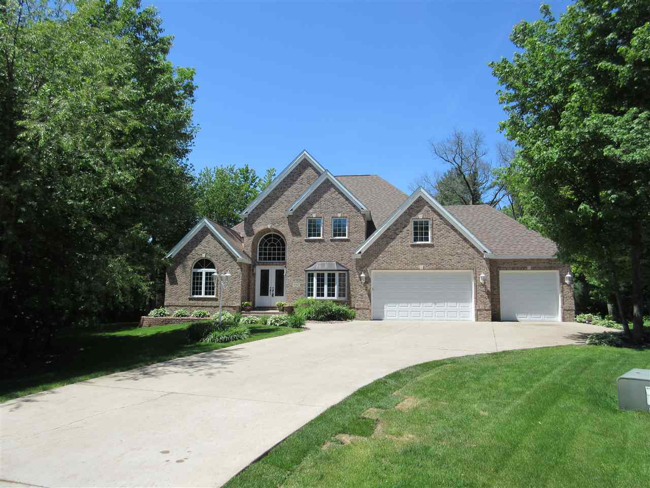1845 Flowing Brook Court, Plover, WI 54467